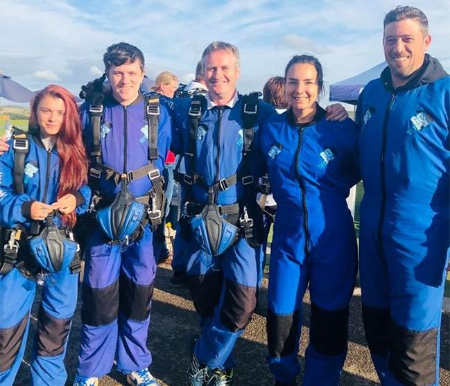 parachute-team